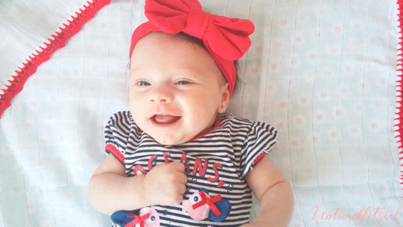 Marcela vestida de rojo, 2 meses postparto