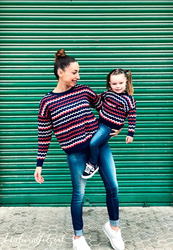 Conjunto de jerseys a juego para madre e hija